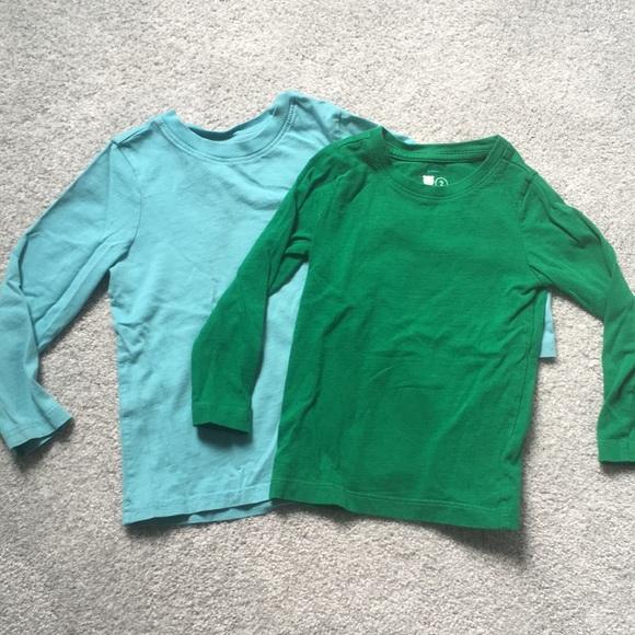 Bundle 2T Primary long sleeve shirts